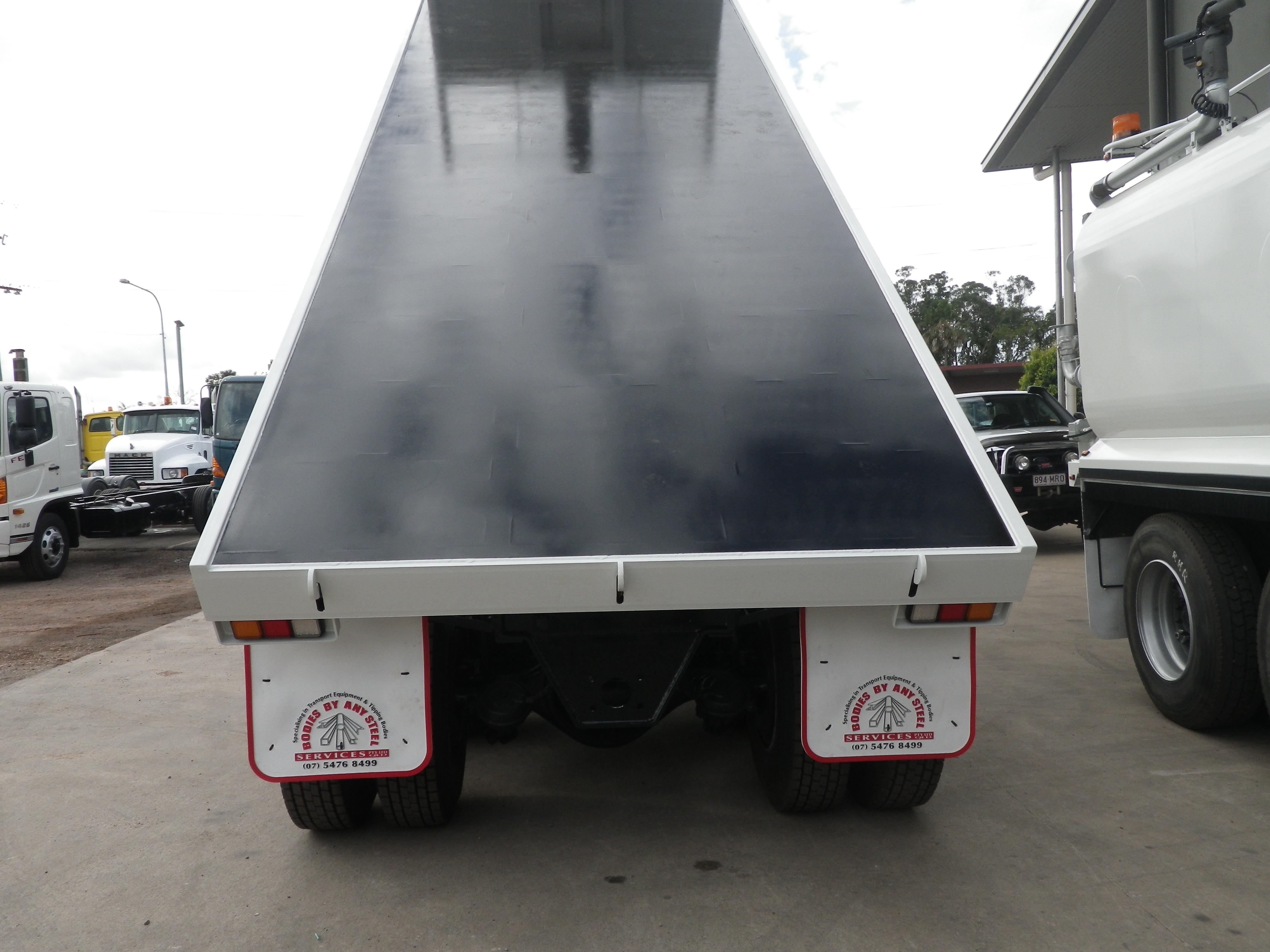 Volvo For Sale >> Tipping Tray - Anytype Trucks